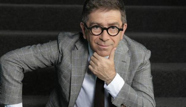 """Pino Strabioli, """"facciamo la stagione teatrale e risolviamo la questione TeMa, ma non chiudiamo il teatro"""""""