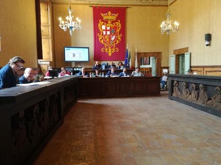 Consiglio Comunale del 1° agosto, all'ordine del giorno le interrogazioni di Olimpieri e Vergaglia